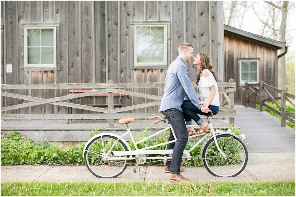 Madison_Wisconsin_wedding_Photographers_Beckman_Mill_Park_0203.jpg