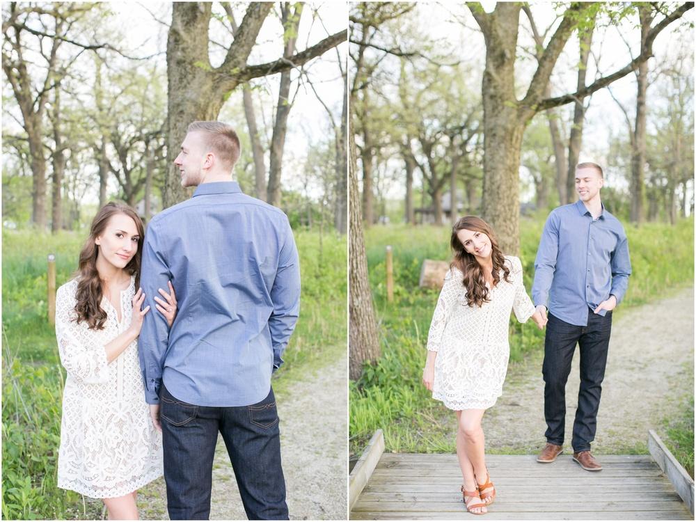 Madison_Wisconsin_wedding_Photographers_Beckman_Mill_Park_0206.jpg
