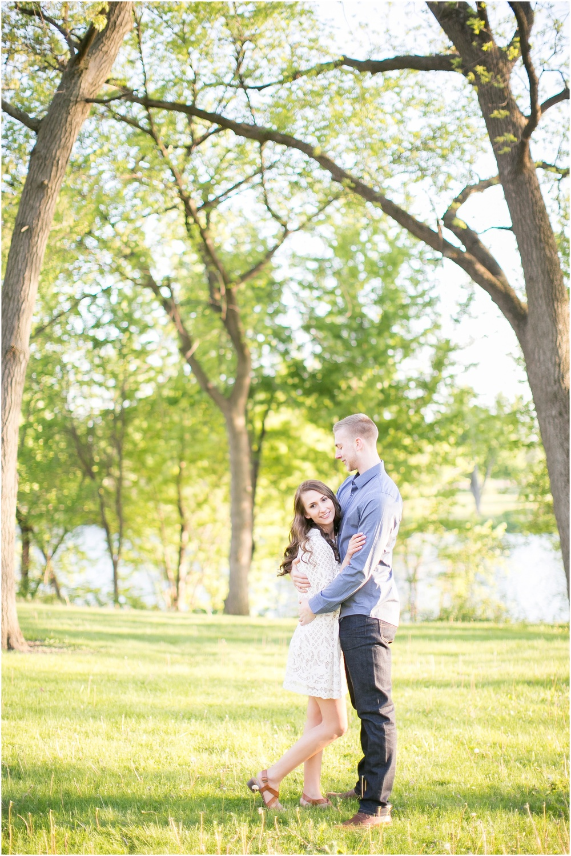Madison_Wisconsin_wedding_Photographers_Beckman_Mill_Park_0215.jpg