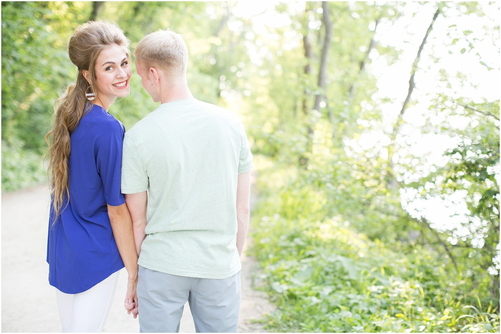 Downtown_Madison_Wisconsin_Engagement_Session_0260.jpg
