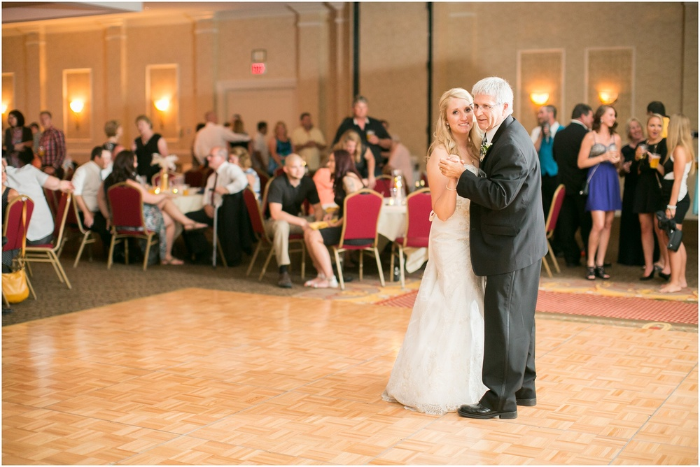 Appleton_Wisconsin_Radisson_Paper_Valley_Hotel_Wedding_0454.jpg