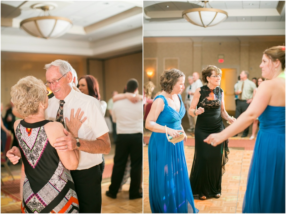 Appleton_Wisconsin_Radisson_Paper_Valley_Hotel_Wedding_0456.jpg