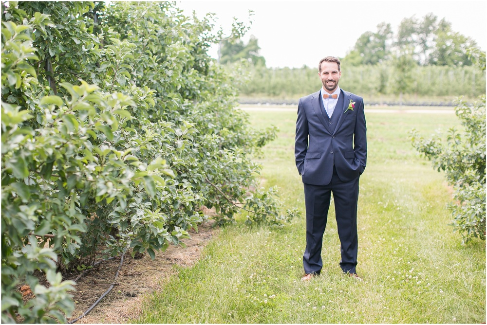 Madison_Wisconsin_Wedding_Private_Residance_Edwards_Apple_Orchard_0501.jpg