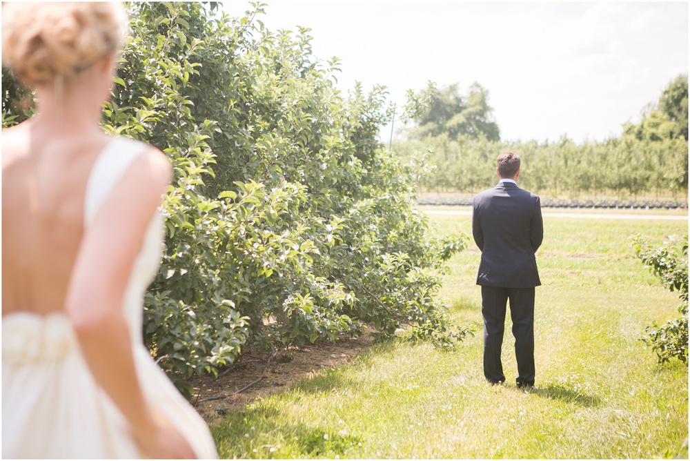 Madison_Wisconsin_Wedding_Private_Residance_Edwards_Apple_Orchard_0502.jpg