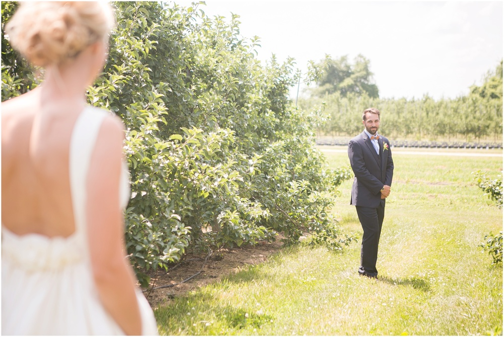 Madison_Wisconsin_Wedding_Private_Residance_Edwards_Apple_Orchard_0503.jpg