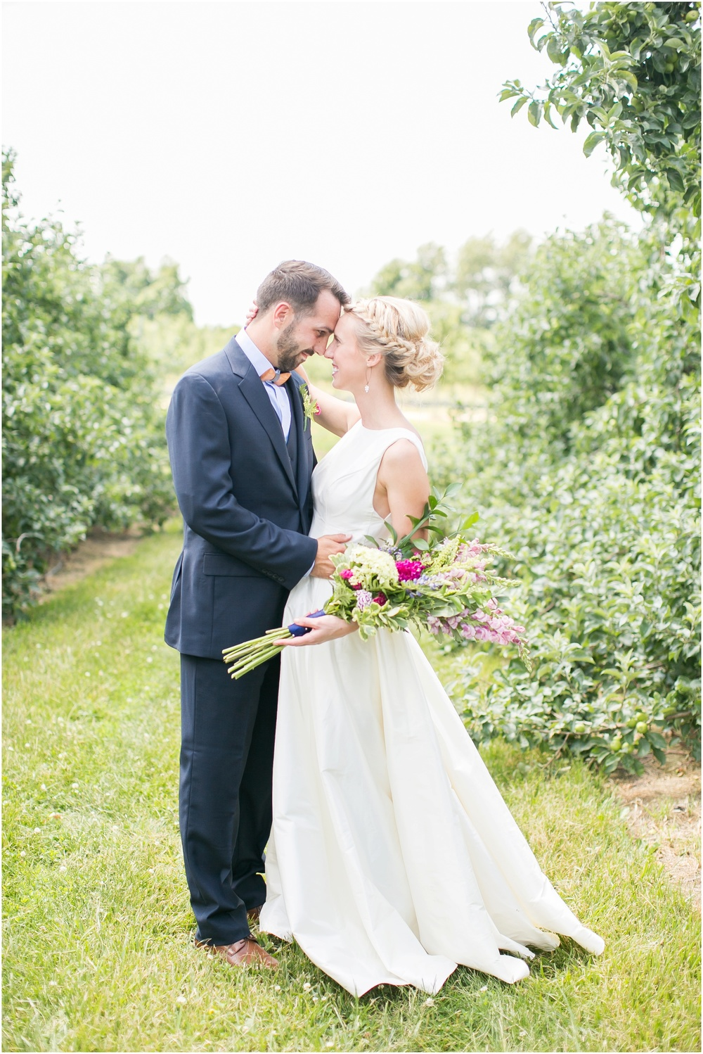 Madison_Wisconsin_Wedding_Private_Residance_Edwards_Apple_Orchard_0507.jpg
