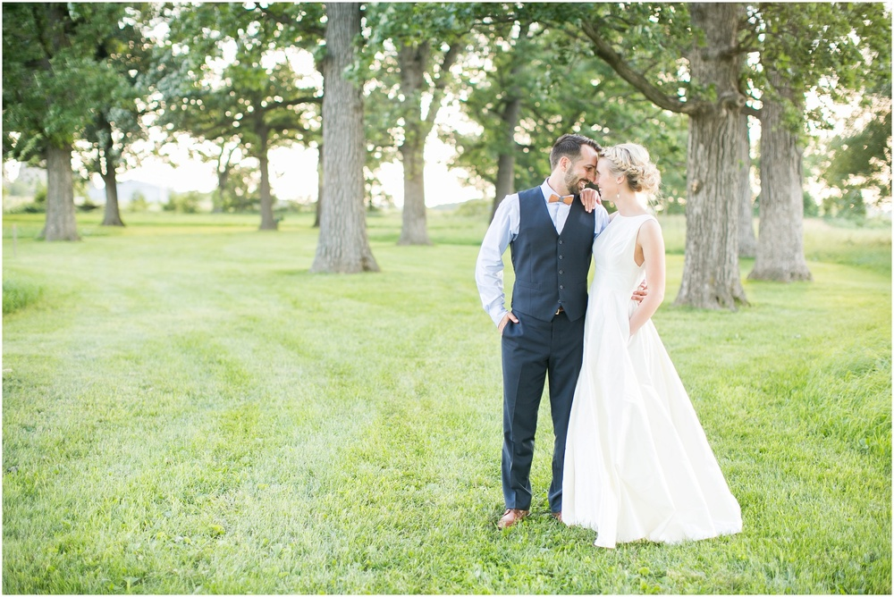 Madison_Wisconsin_Wedding_Private_Residance_Edwards_Apple_Orchard_0547.jpg
