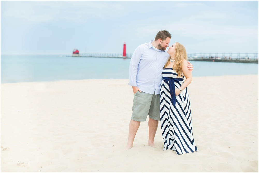Grand_Haven_Michigan_Maternity_Photographer_0769.jpg