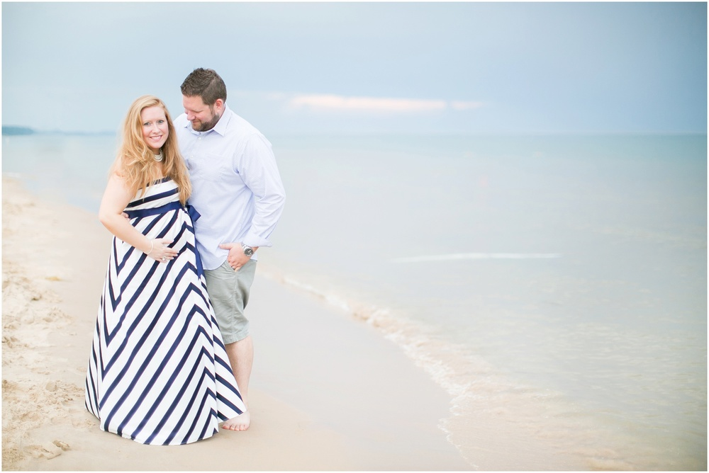 Grand_Haven_Michigan_Maternity_Photographer_0784.jpg