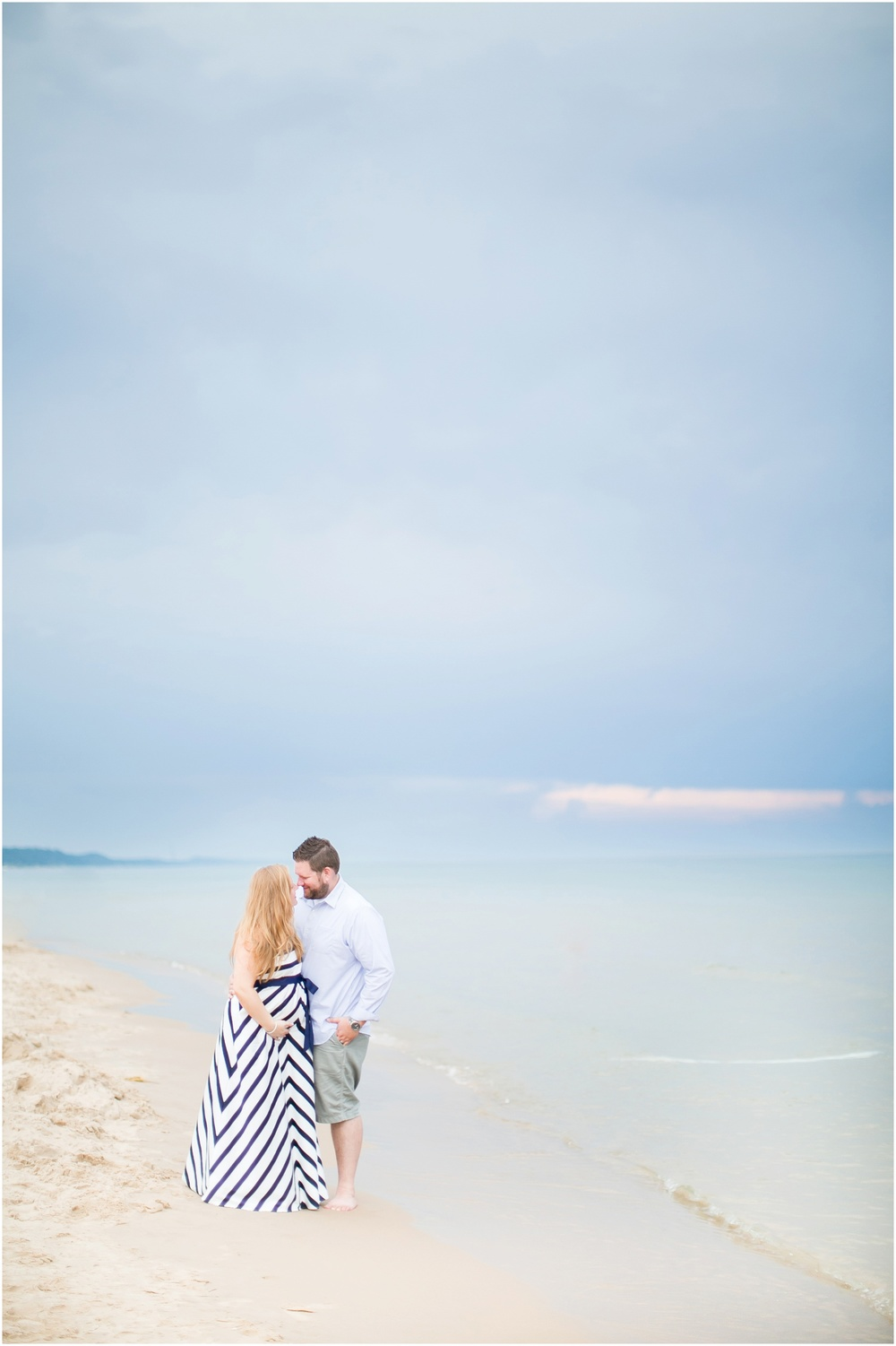 Grand_Haven_Michigan_Maternity_Photographer_0787.jpg