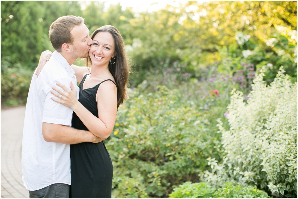 Olbrich_Botanical_Gardens_Madison_Wisconsin_Engagement_Session_0819.jpg