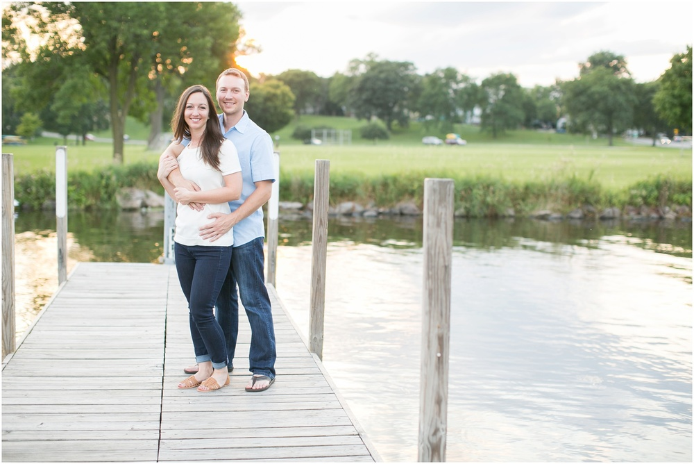 Olbrich_Botanical_Gardens_Madison_Wisconsin_Engagement_Session_0835.jpg
