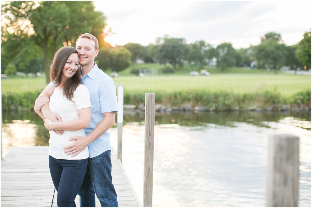 Olbrich_Botanical_Gardens_Madison_Wisconsin_Engagement_Session_0836.jpg