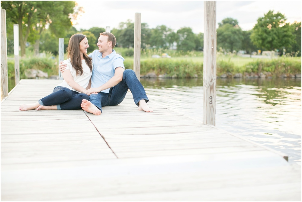 Olbrich_Botanical_Gardens_Madison_Wisconsin_Engagement_Session_0838.jpg
