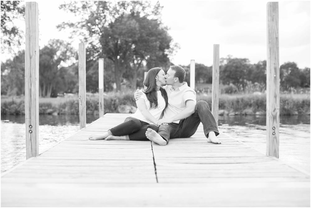 Olbrich_Botanical_Gardens_Madison_Wisconsin_Engagement_Session_0842.jpg
