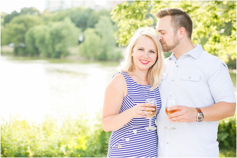 Madison_Wisconsin_Wedding_Photographers_Milwaukee_Engagement_Session_0940.jpg