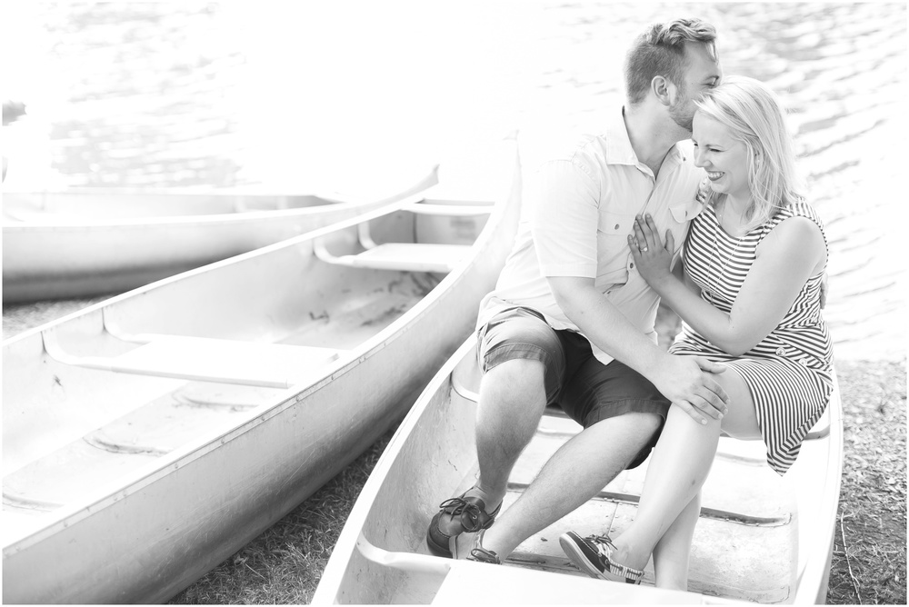 Madison_Wisconsin_Wedding_Photographers_Milwaukee_Engagement_Session_0947.jpg