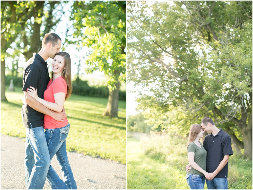 Bluemound_Wisconsin_Rustic_Engagement_Session_0977.jpg