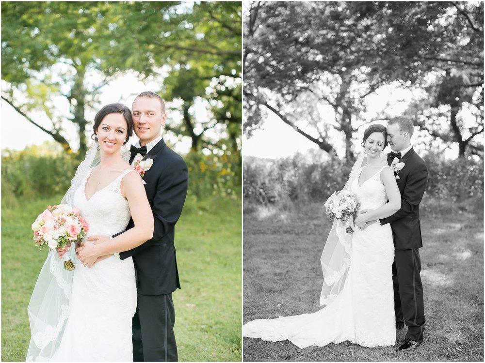 Madison_Wisconsin_Wedding_Photographers_BlackHawk_Church_East_Side_Club_1012.jpg