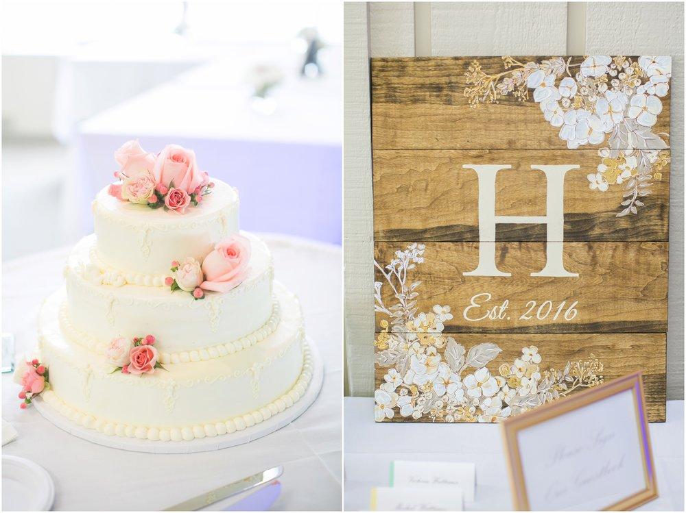 Madison_Wisconsin_Wedding_Photographers_BlackHawk_Church_East_Side_Club_1022.jpg