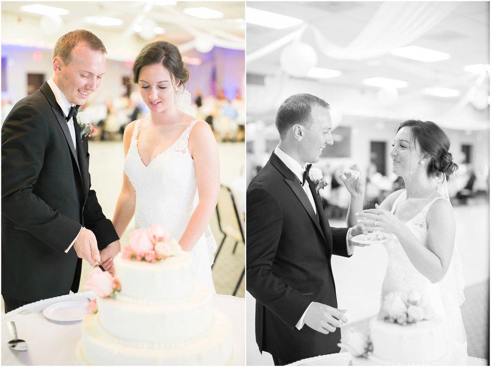 Madison_Wisconsin_Wedding_Photographers_BlackHawk_Church_East_Side_Club_1025.jpg