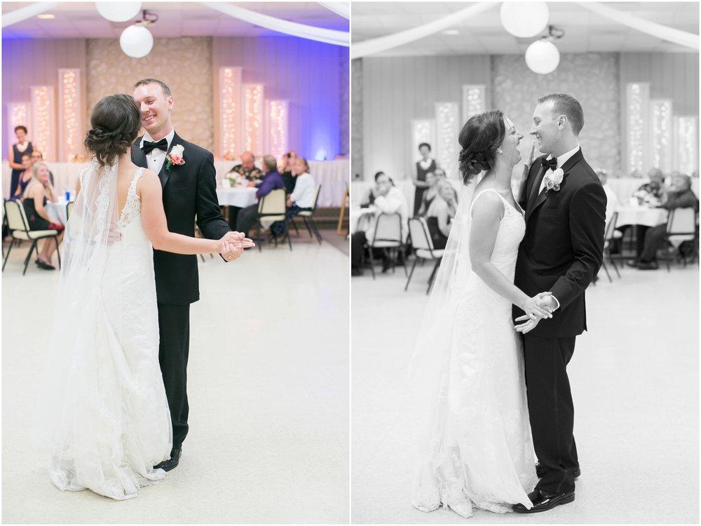 Madison_Wisconsin_Wedding_Photographers_BlackHawk_Church_East_Side_Club_1033.jpg