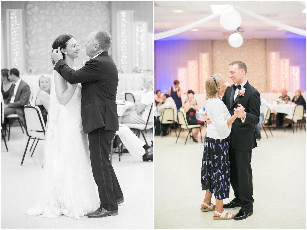 Madison_Wisconsin_Wedding_Photographers_BlackHawk_Church_East_Side_Club_1035.jpg