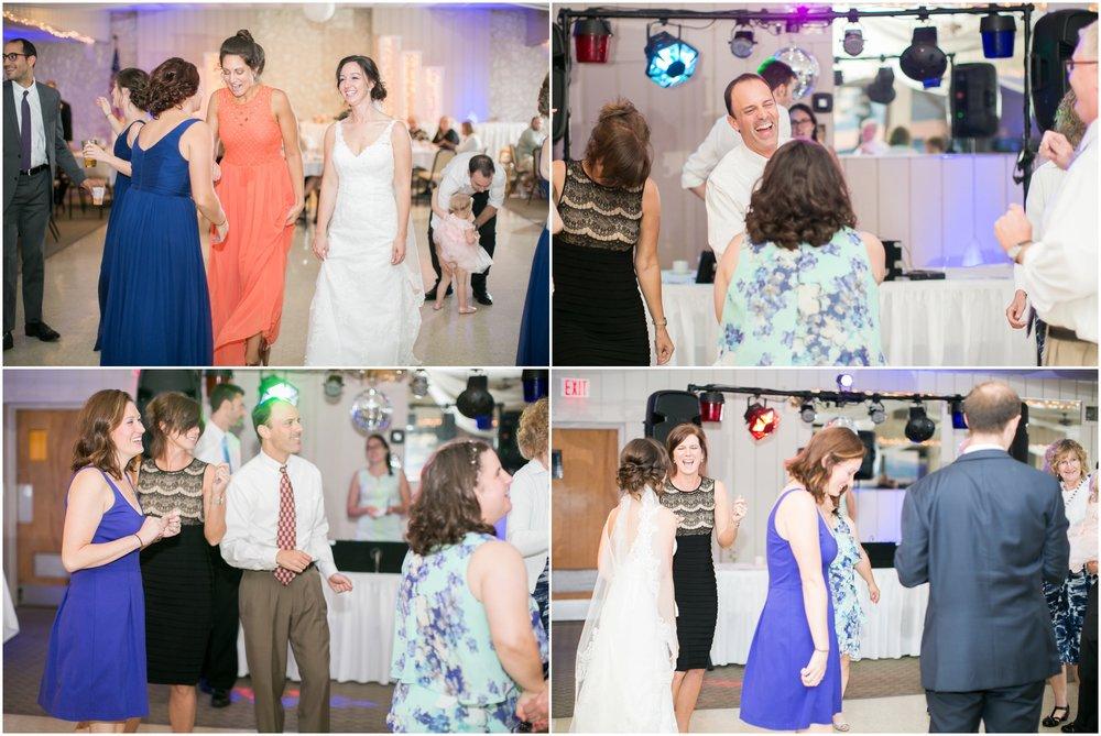 Madison_Wisconsin_Wedding_Photographers_BlackHawk_Church_East_Side_Club_1036.jpg