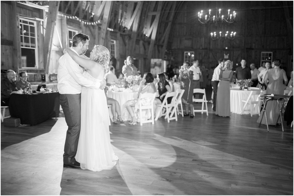 Sugarland_Barn_Arena_Wisconsin_Wedding_Madison_Wisconsin_1096.jpg
