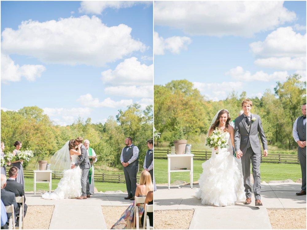 The_Barn_At_Harvest_Moon_Pond_Wedding_1267.jpg