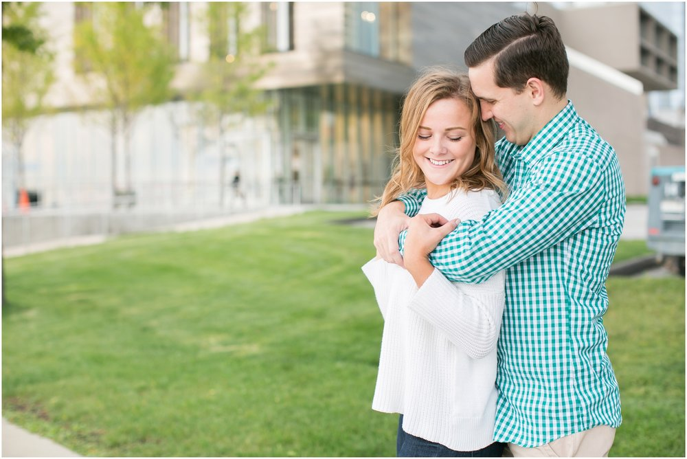 Madison_Wisconsin_Wedding_Photographers_Third_Ward_Milwaukee_Session_1356.jpg