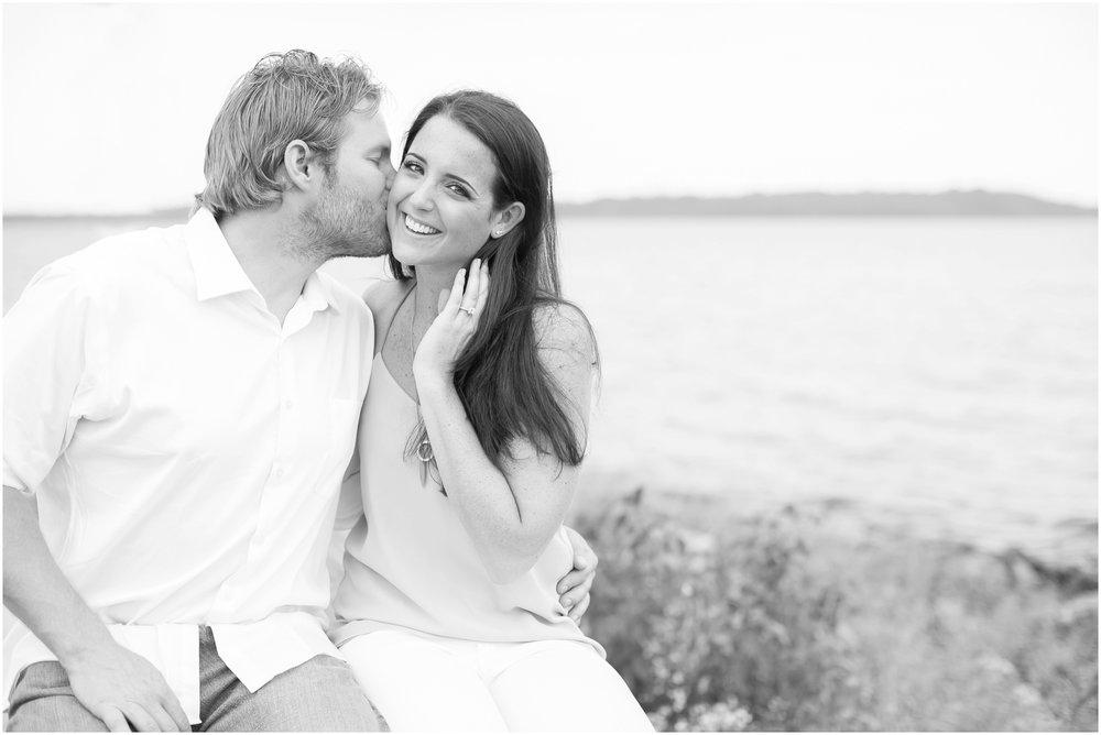 Madison_Wisconsin_Wedding_Photographers_Govenor_Nelson_Engagement_Session_1390.jpg