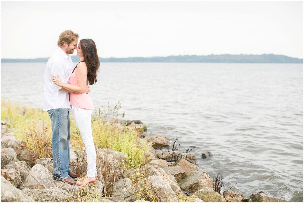 Madison_Wisconsin_Wedding_Photographers_Govenor_Nelson_Engagement_Session_1391.jpg