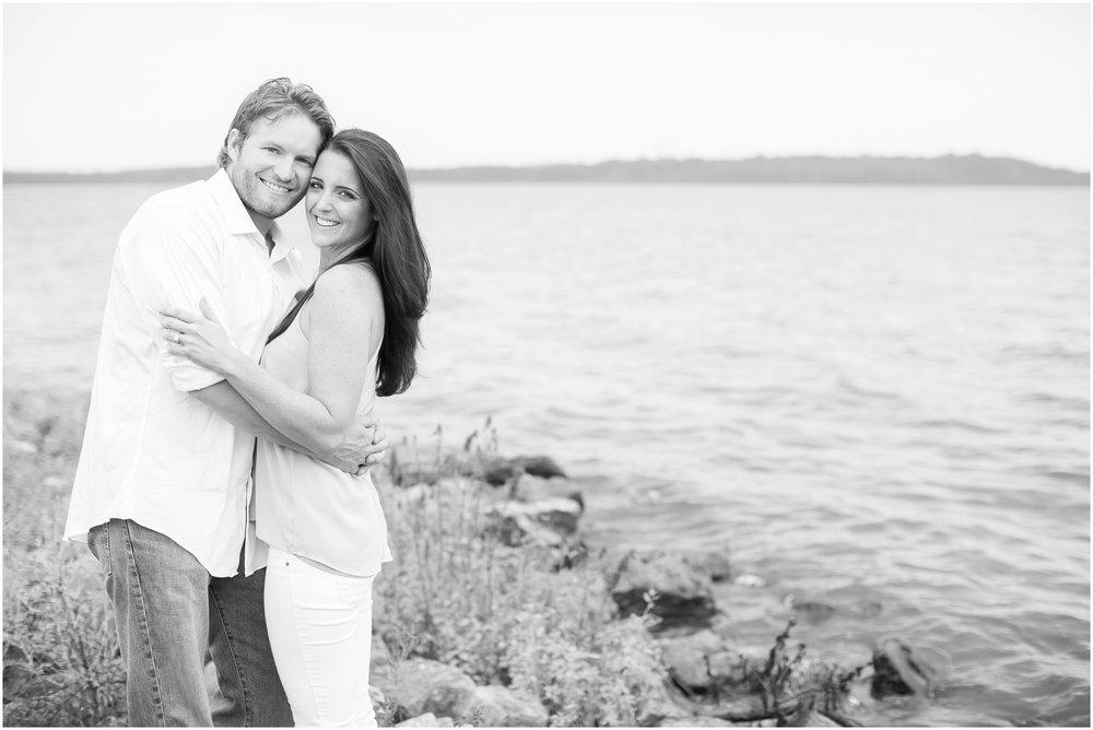 Madison_Wisconsin_Wedding_Photographers_Govenor_Nelson_Engagement_Session_1393.jpg