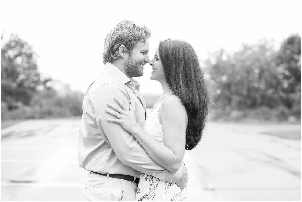 Madison_Wisconsin_Wedding_Photographers_Govenor_Nelson_Engagement_Session_1407.jpg