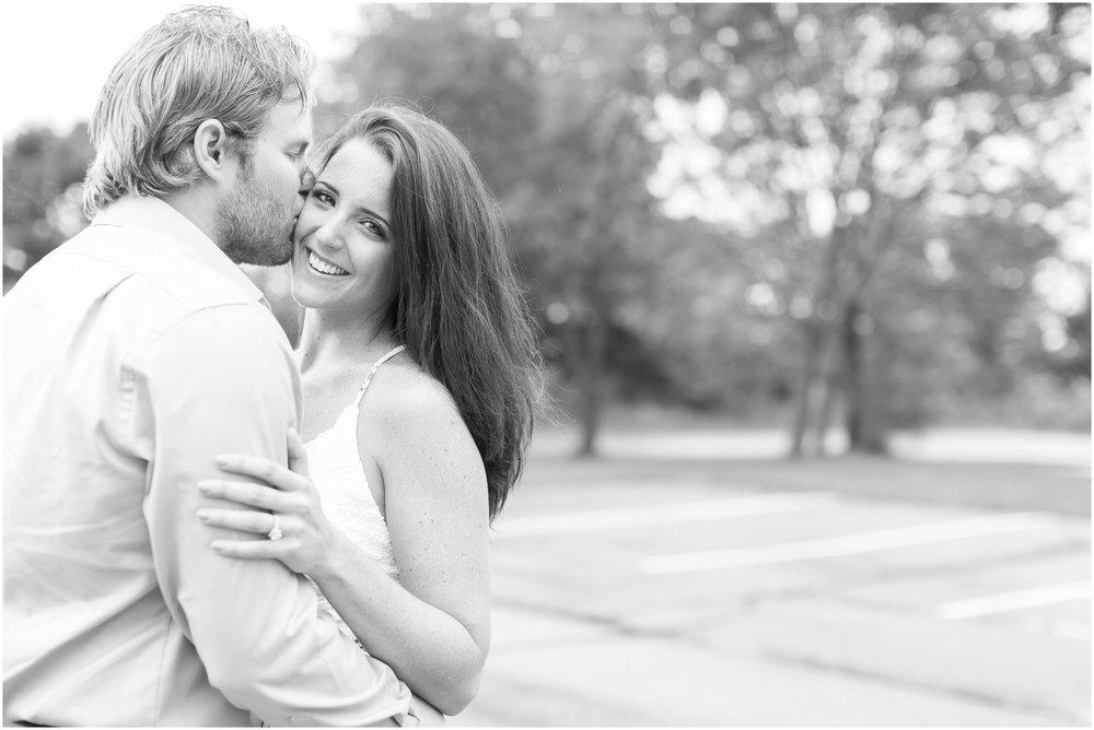 Madison_Wisconsin_Wedding_Photographers_Govenor_Nelson_Engagement_Session_1409.jpg