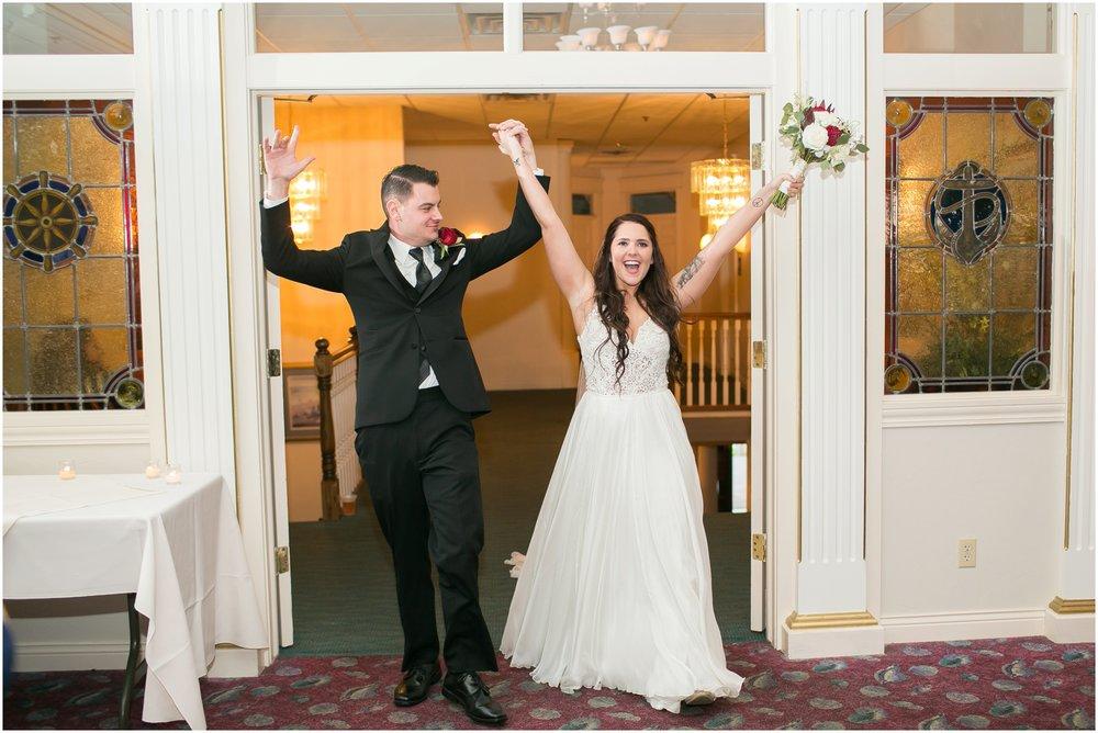 Madison_Wisconsin_Wedding_Photographers_Seven_Seas_Seafood_Steak_Wedding_1470.jpg