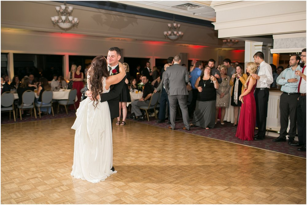Madison_Wisconsin_Wedding_Photographers_Seven_Seas_Seafood_Steak_Wedding_1474.jpg