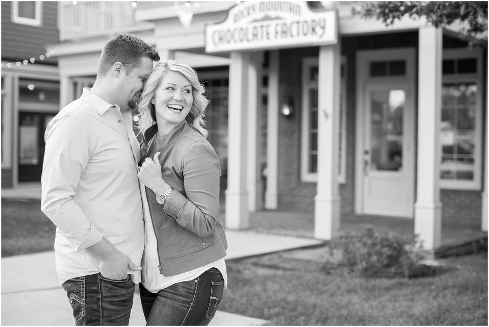 Delafield_Wisconsin_Engagment_Photographer_1493.jpg
