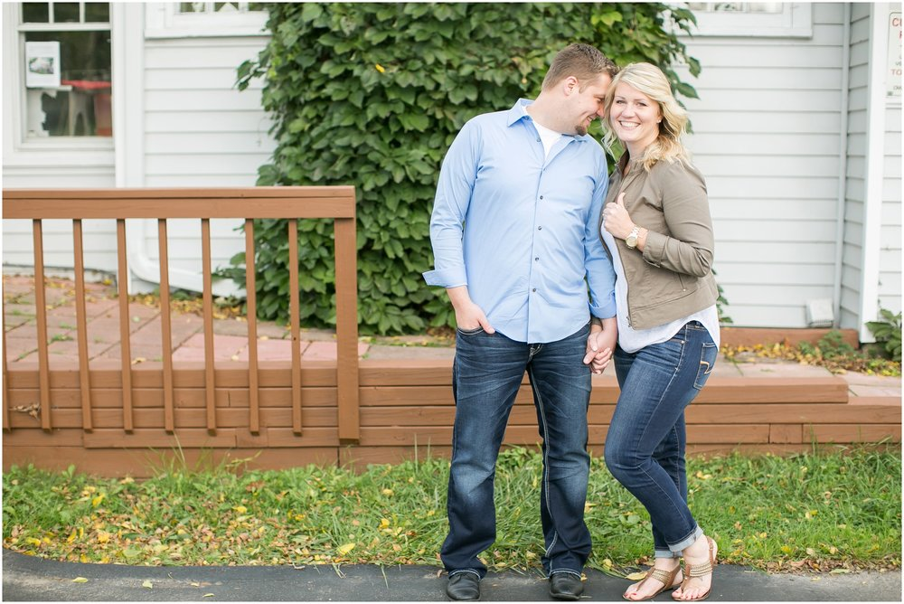 Delafield_Wisconsin_Engagment_Photographer_1496.jpg