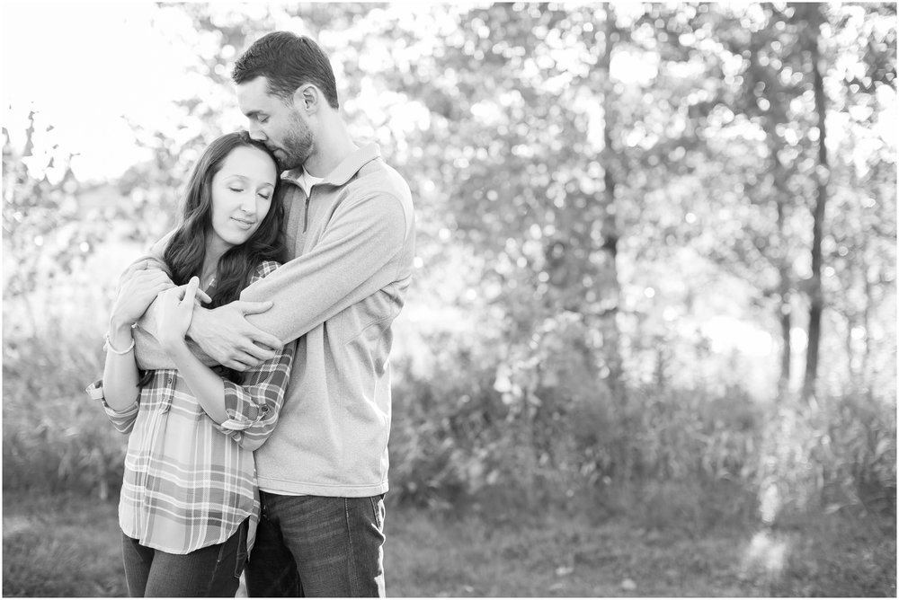 Appleton_Wisconsin_Memorial_Park_Engagement_Session_1538.jpg
