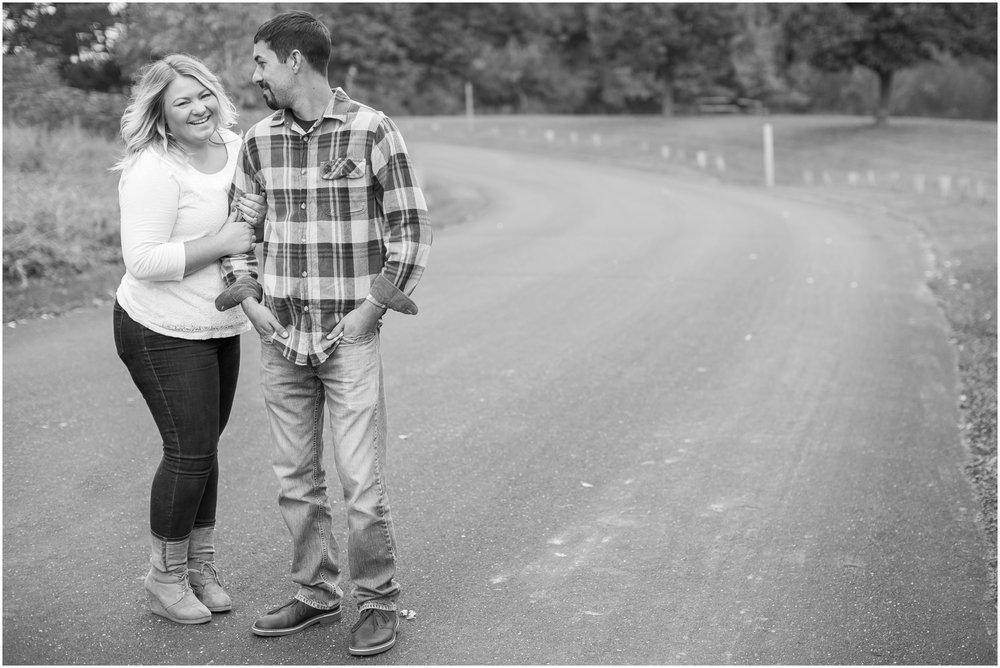 Milwaukee_Wisconsin_Wedding_Engagement_Photographer_1672.jpg