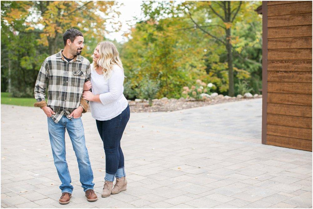 Milwaukee_Wisconsin_Wedding_Engagement_Photographer_1688.jpg