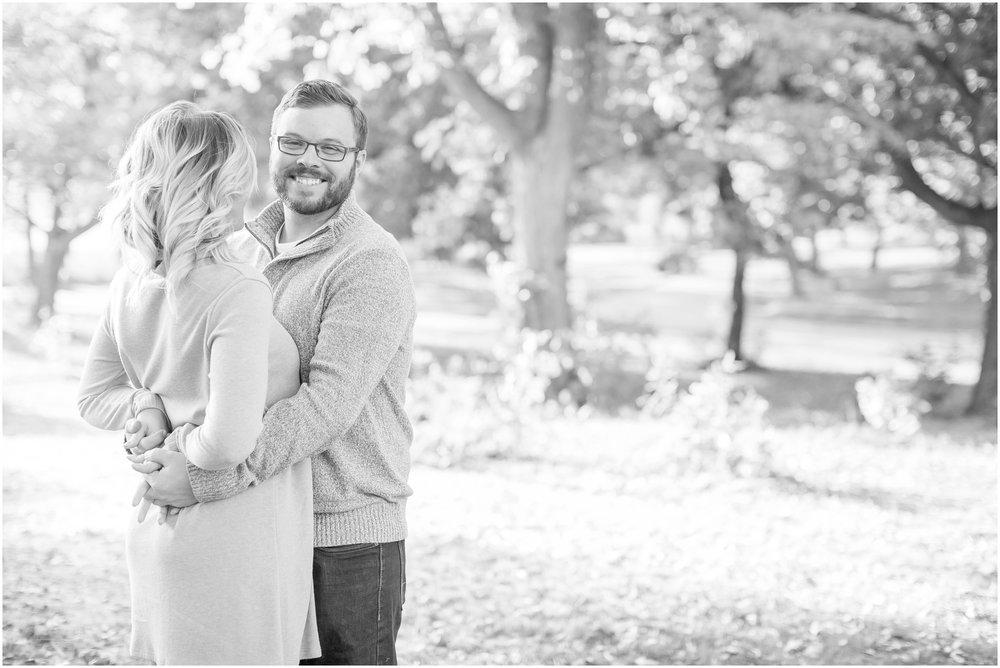 Madison_Wisconsin_Wedding_Photographers_Olin_Park_Session_1835.jpg