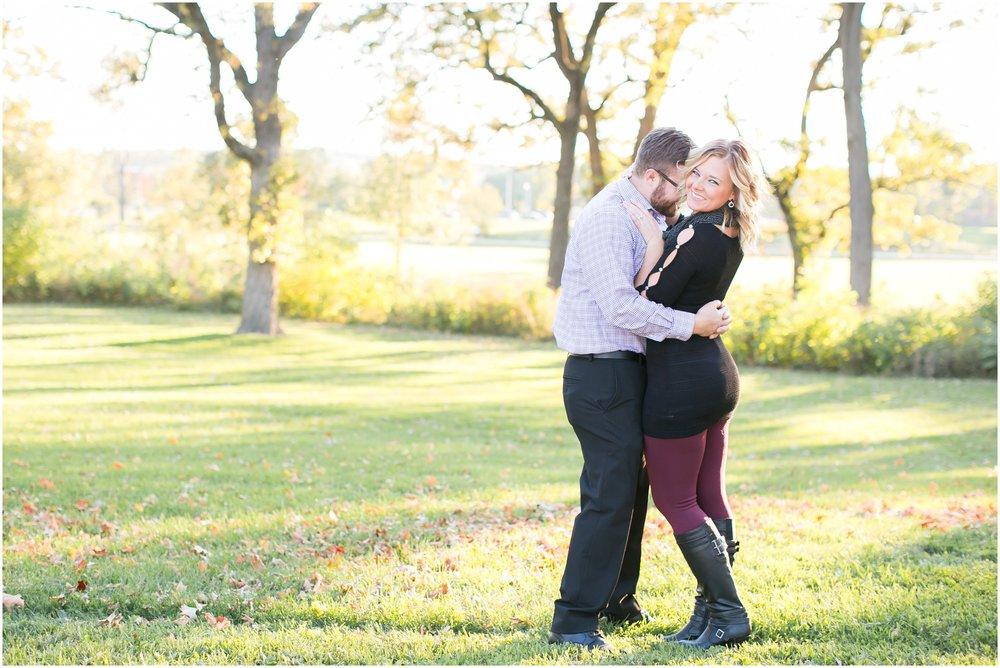 Madison_Wisconsin_Wedding_Photographers_Olin_Park_Session_1845.jpg