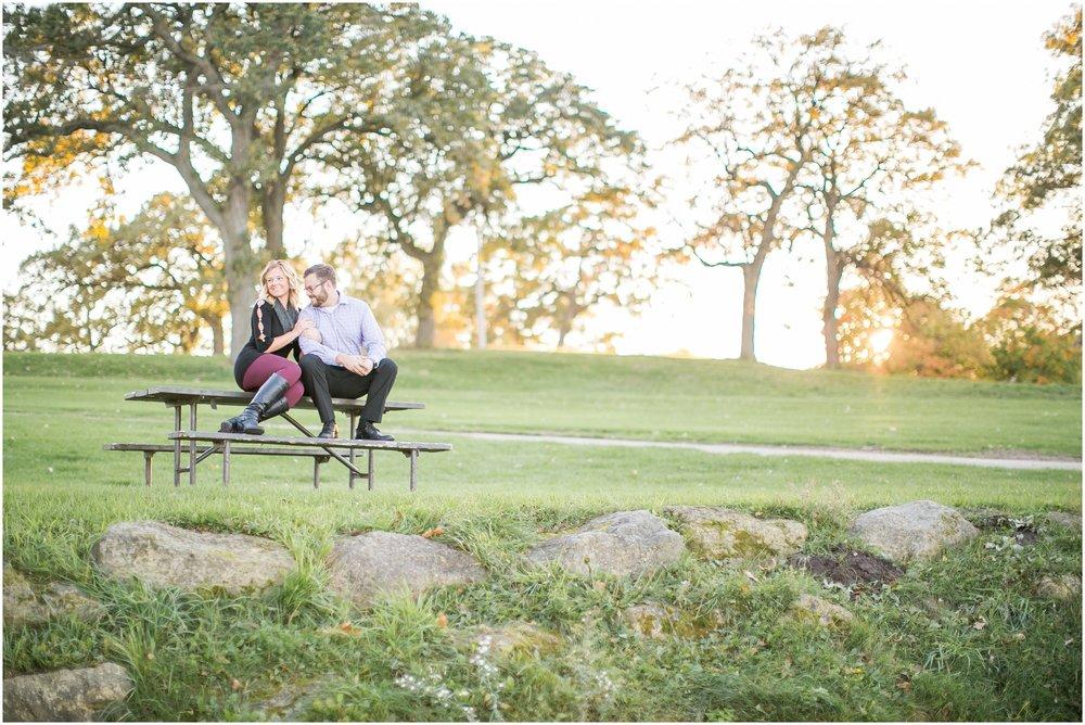 Madison_Wisconsin_Wedding_Photographers_Olin_Park_Session_1850.jpg