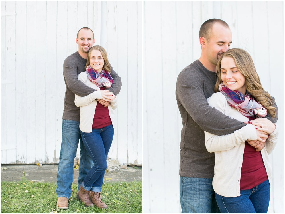 Madison_Wisconsin_Wedding_Photographers_Country_Fall_Engagement_Session_1856.jpg