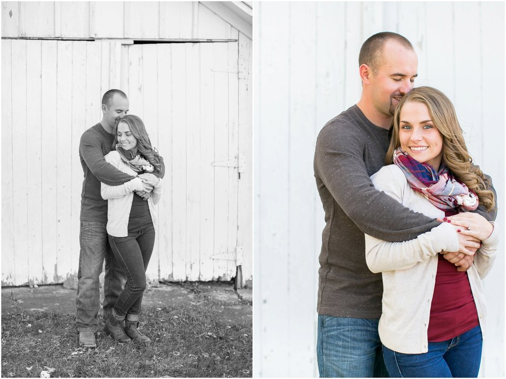 Madison_Wisconsin_Wedding_Photographers_Country_Fall_Engagement_Session_1858.jpg