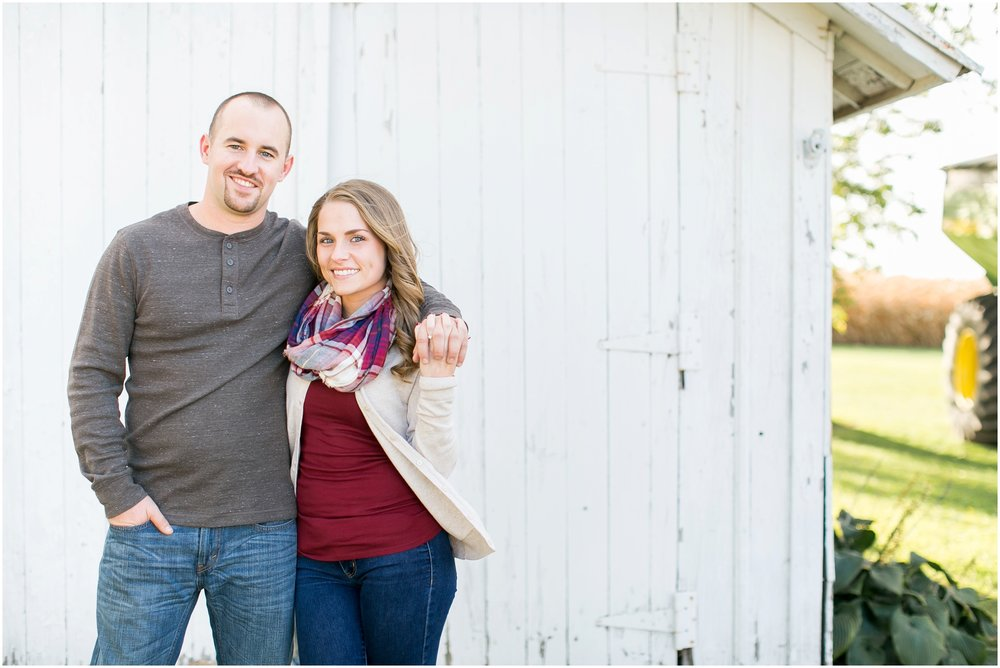 Madison_Wisconsin_Wedding_Photographers_Country_Fall_Engagement_Session_1859.jpg