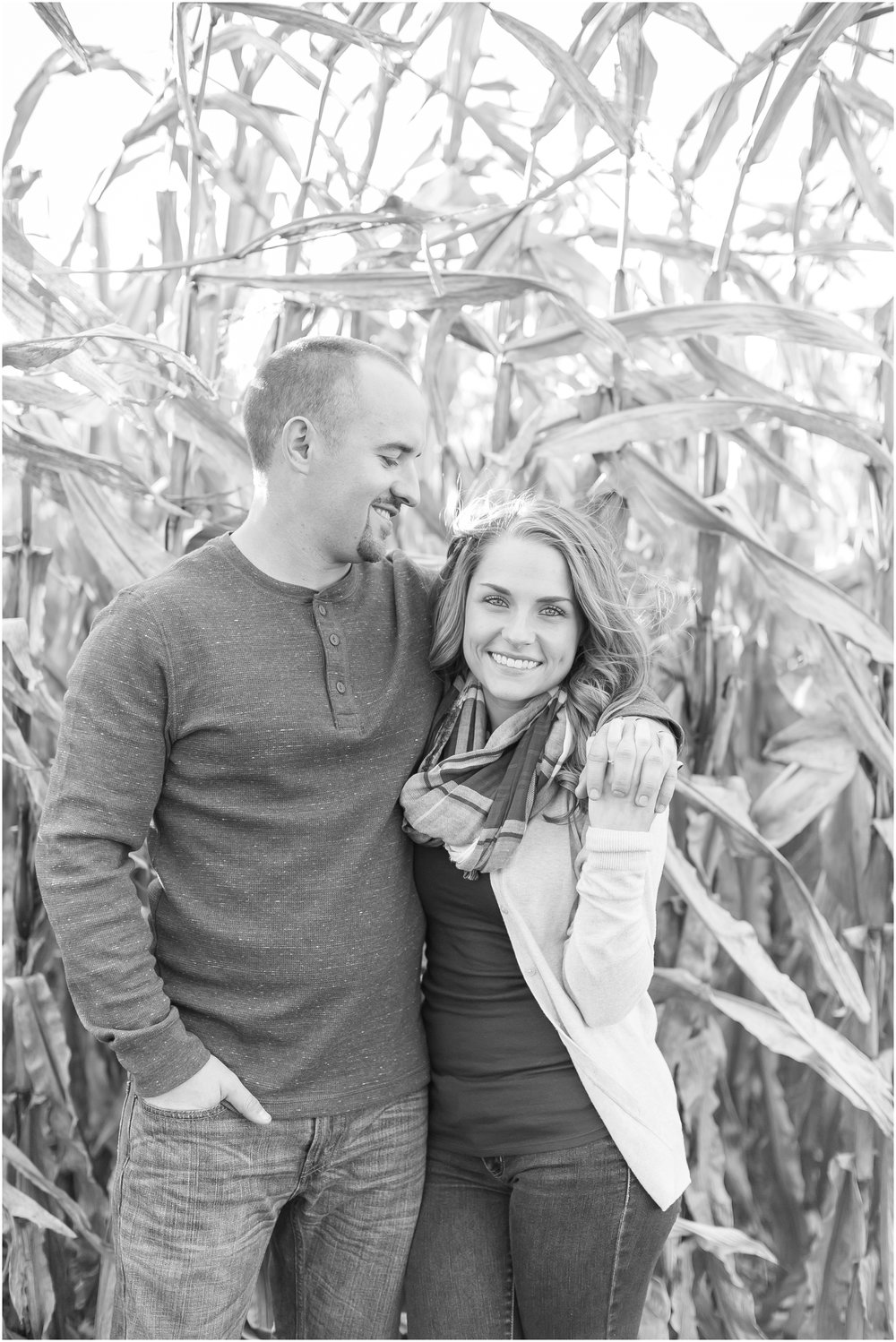 Madison_Wisconsin_Wedding_Photographers_Country_Fall_Engagement_Session_1863.jpg